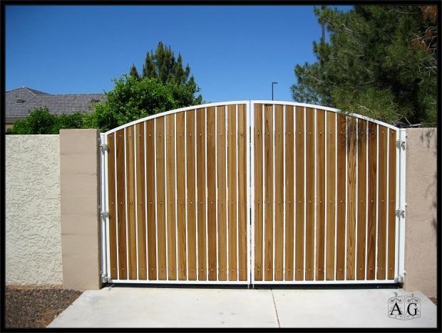 build wood driveway gate